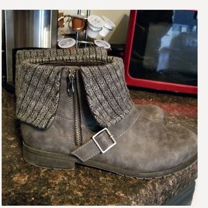 Rocket dog grey sweater top boots 11